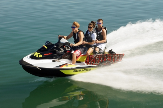 2014 SEA-DOO WAKE PRO 215_ACTION10