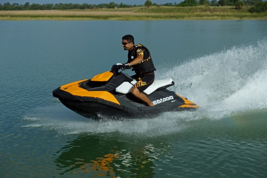 2014 SEA-DOO SPARK 2UP_ACTION7