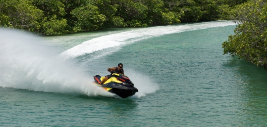 2015-SEA-DOO-GTR-215-ACTION-8