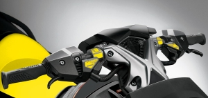 2015-SEA-DOO-RXP-X-260---STUDIO-AES_Steering