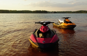 2014 SEA-DOO SPARK_LIFESTYLE4Small